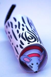 Peek a boo Rat